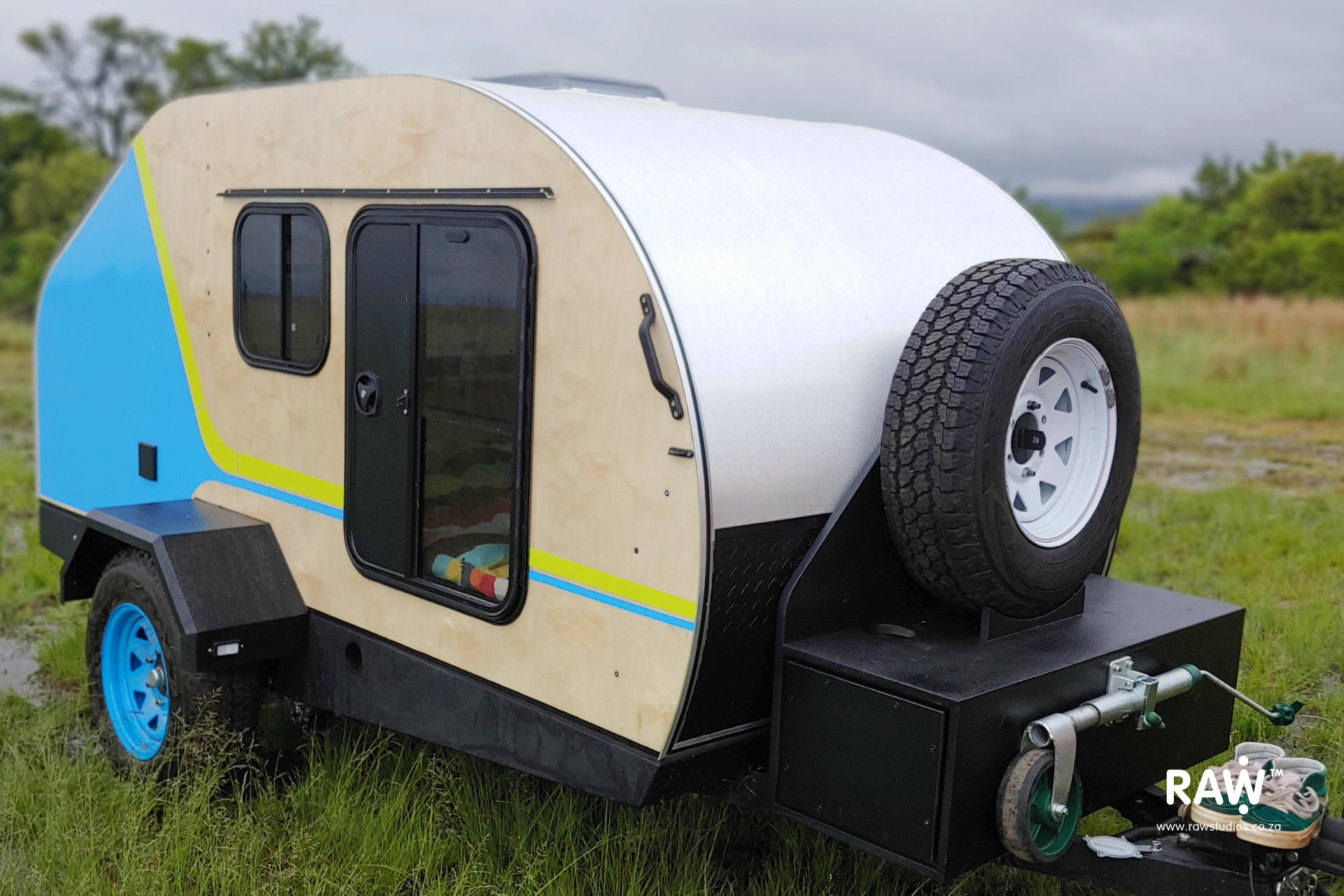 RAW Teardrop Camper - functional camper trailer made by RAW